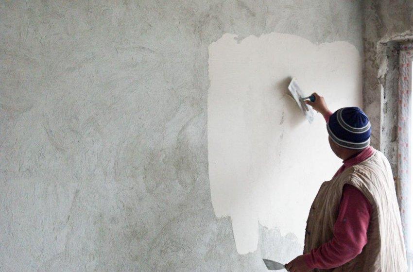 Sok oka van annak, hogy a háztulajdonosok belsőépítészeti tanácsokat és segítséget kérnek a vakolással kapcsolatban. A vakolás az egyik utolsó lépés egy külső- vagy belső fal elkészítésekor, és akkor van rá szükség, ha új házat építünk vagy új helyiséget alakítunk ki. A vakolás em...